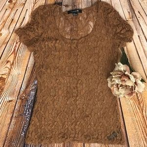 FOREVER 21 LACE TEE